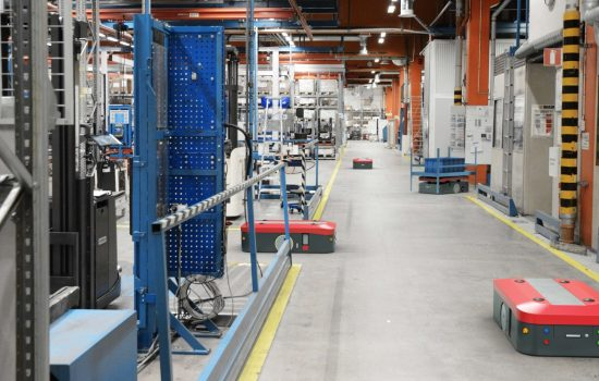 Critical IoT Automated Guided Vehicles AGV factory. Image courtesy of Ericsson