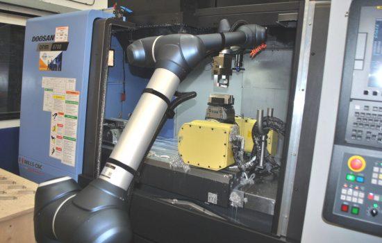 CambridgePrecision-cobot. Image courtesy of Cambridge Precision